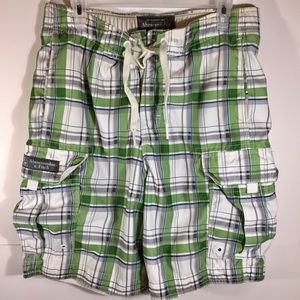 Abercrombie & Fitch Men's Shorts M Green White